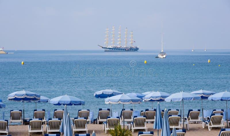Plaża w Cannes, w sławnym Francuskim Riviera zdjęcia stock