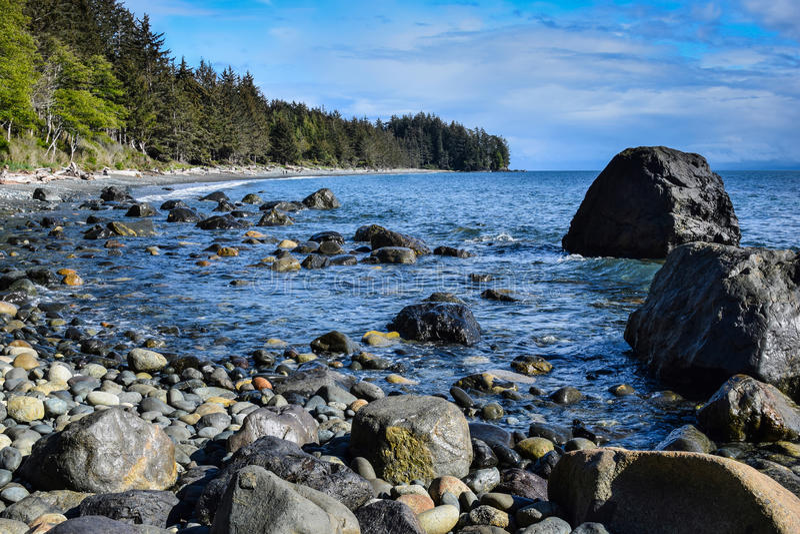 Plaża w Francuskim Plażowym prowincjonału parku, Vancouver wyspa zdjęcia stock