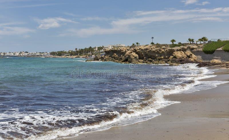 Plaża w Paphos, Cypr zdjęcia royalty free