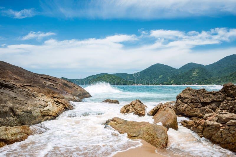 Plaża w Trinidade, Brazylia obrazy stock