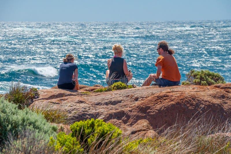 Plaże Perth Australia przylądka Leeuwin latarnia morska: Dokąd przyjaciele Spotykają Wpólnie i Cieszą się fotografia royalty free