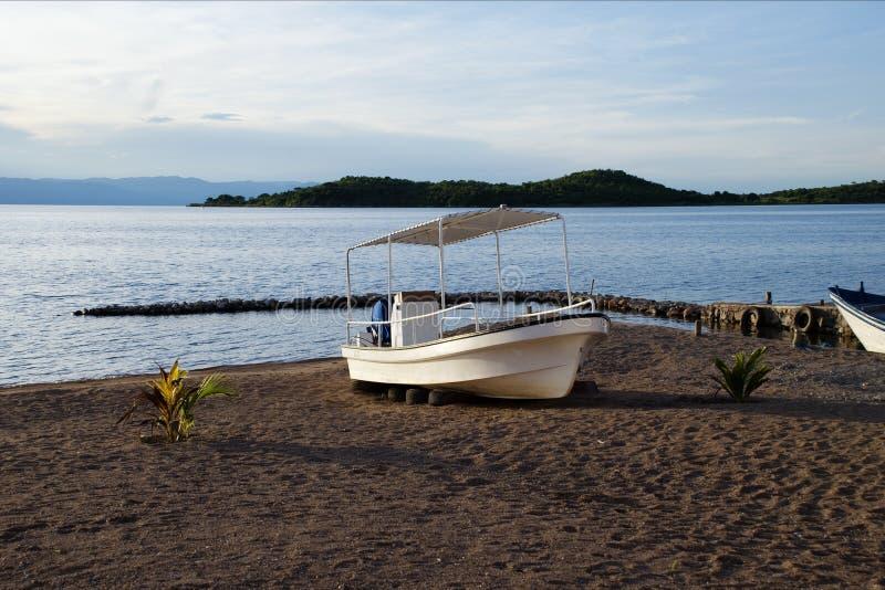 Plażowa łódź zdjęcie royalty free