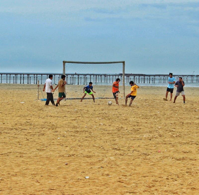 Plażowa piłka nożna w Alappuzha obraz stock