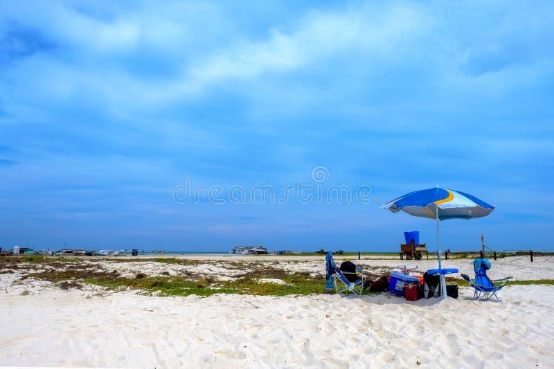 Plażowa przekładnia i zabawa, Tortuga wyspa Wenezuela zdjęcia stock