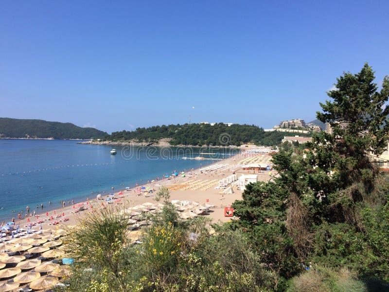 Plażowa scena podczas bardzo gorącego lata zdjęcia stock