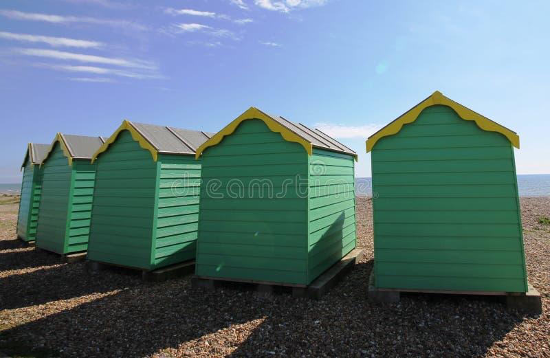 Plażowe budy na słonecznym dniu obrazy stock