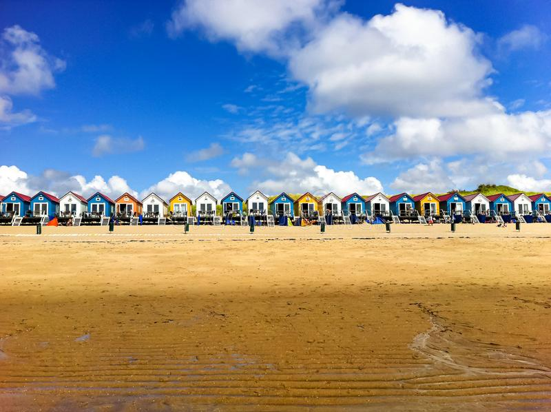 Plażowe budy w Vlissingen, Zeeland obrazy stock
