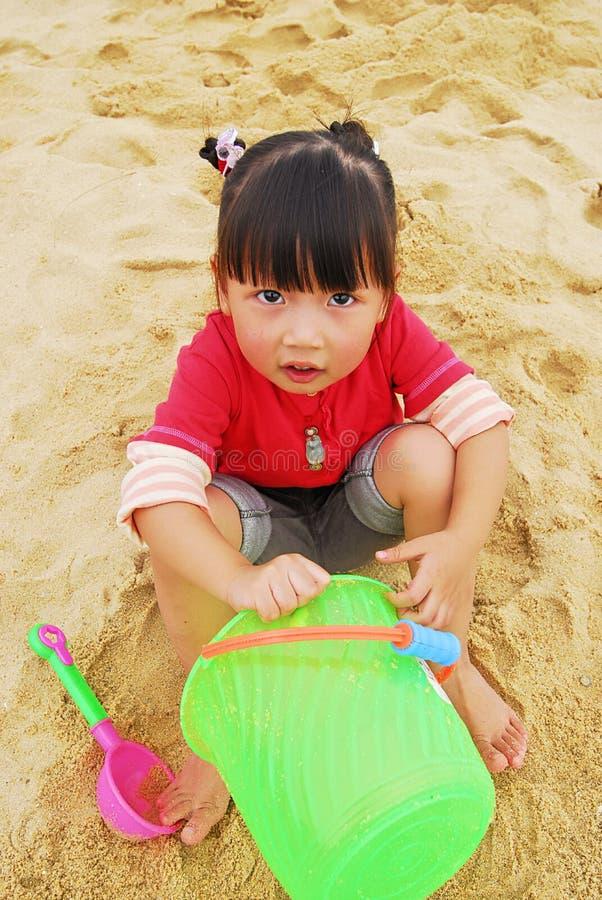 plażowego dziecka chiński bawić się zdjęcia royalty free