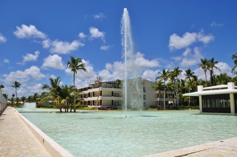 Plażowego Hotelowego kurortu Pływacki basen zdjęcie royalty free