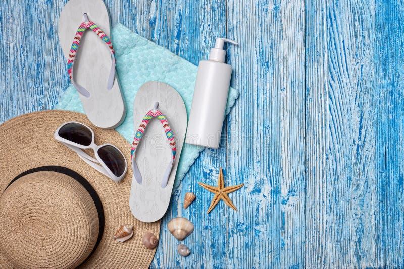 Plażowi akcesoria, morze wakacje obrazy royalty free