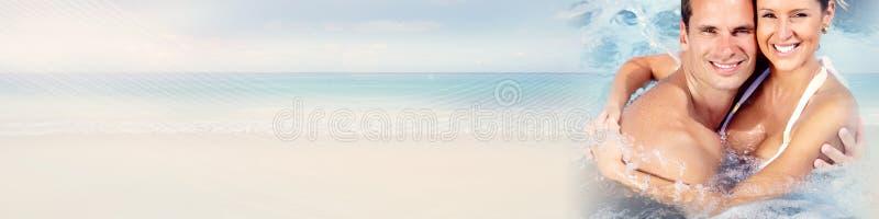 plażowi par młodych obrazy stock