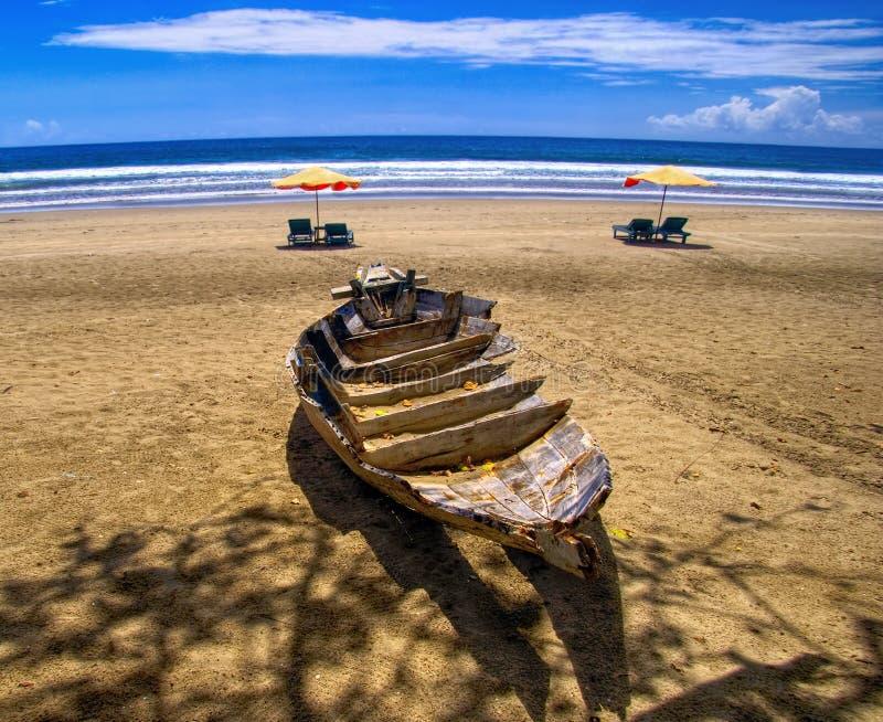 plażowy łódkowaty nieboszczyk obrazy stock