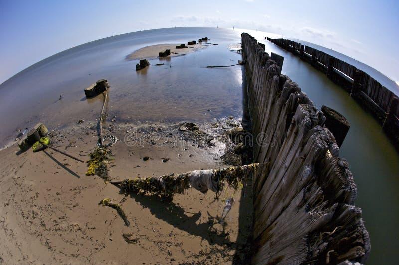 Download Plażowy Biloxi łamający Mola Zdjęcie Stock - Obraz złożonej z drewno, katrina: 13335536