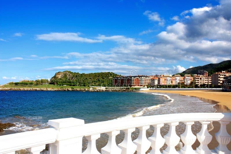 Plażowy Brazomar w Castro Urdiales, Cantabria, Hiszpania obraz royalty free