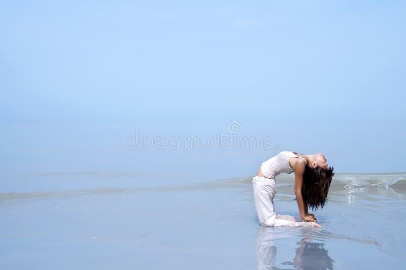 plażowy joga obrazy stock