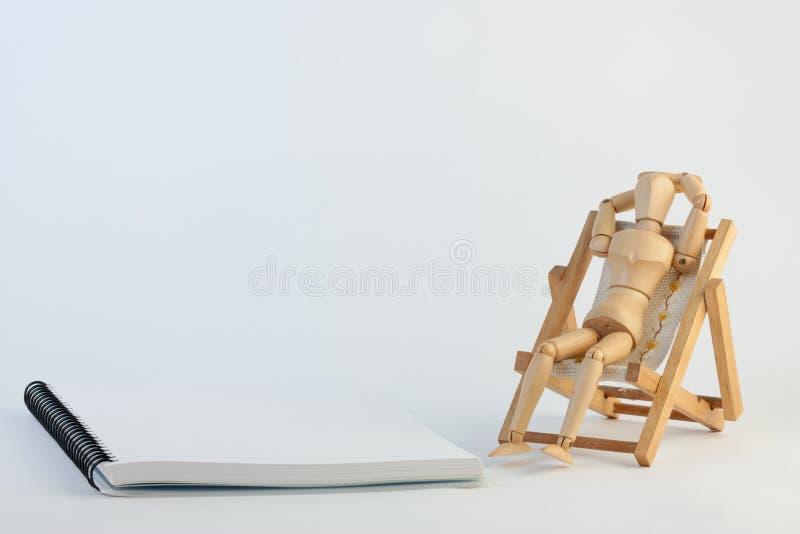plażowy krzesło relaksuje obrazy stock