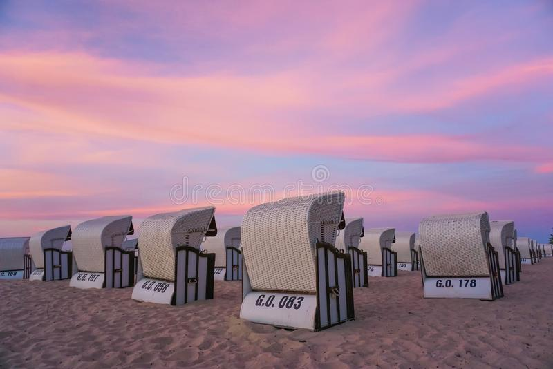 Plażowy krzesło w RÃ ¼ gen wyspie zdjęcie royalty free
