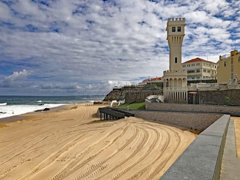 Plażowy miasteczko Santa Cruz, Portugalia zdjęcia royalty free