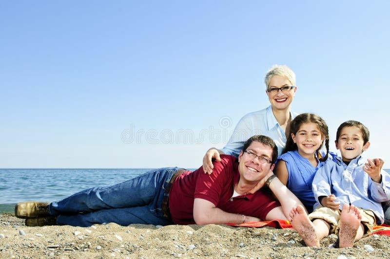 plażowy rodzinny szczęśliwy zdjęcia royalty free