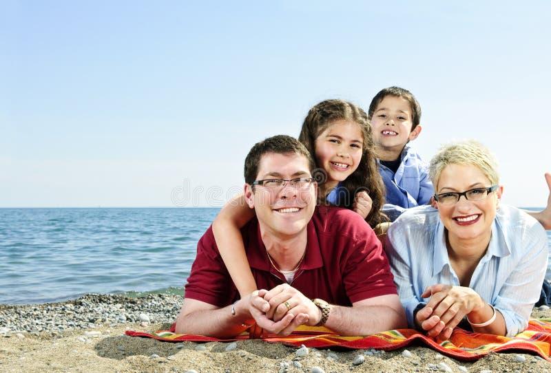 plażowy rodzinny szczęśliwy obraz royalty free