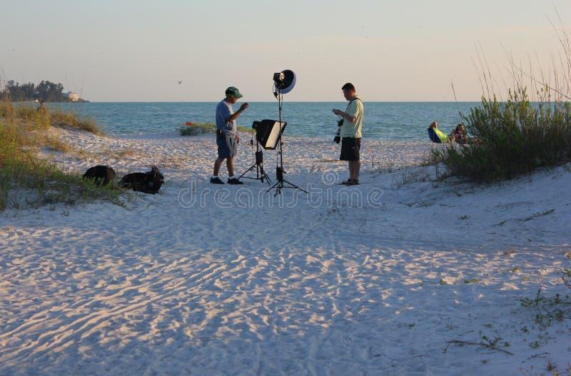 Plażowy sesja zdjęciowa. zdjęcie stock