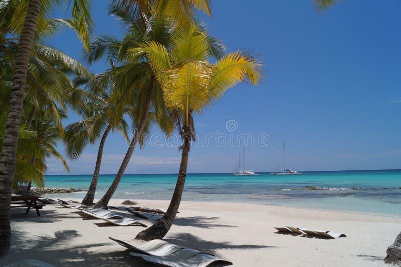 Plażowy spokojny słońce zdjęcia stock
