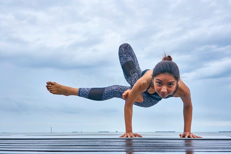 Pla de yoga photo stock