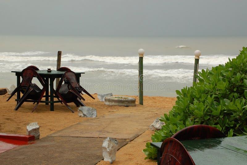 Download Plażowa Restauracja Podczas Martwego Sezonu Obraz Stock - Obraz: 31416601