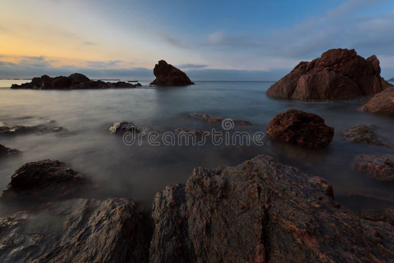 Download Plażowy dziki zdjęcie stock. Obraz złożonej z fala, krajobraz - 23813974