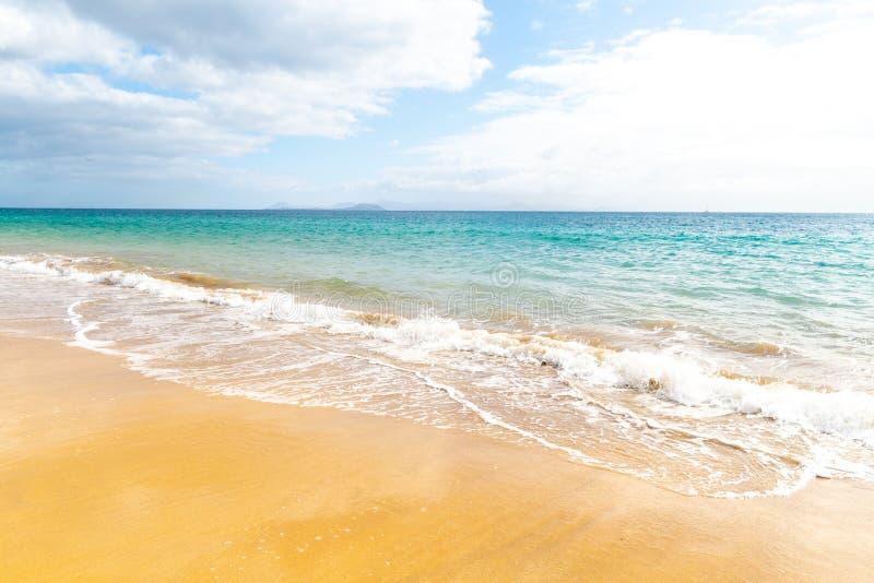 pla?owy pi?kny kanark?w Lanzarote panoramy morze tropikalny kanarki zdjęcie royalty free