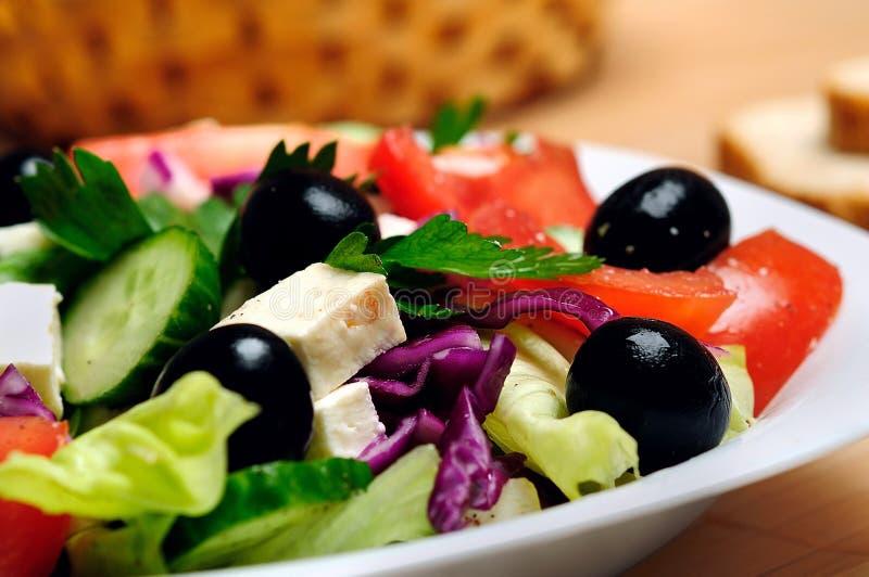 Plaat met salade royalty-vrije stock fotografie