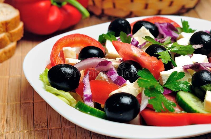 Plaat met salade royalty-vrije stock foto's