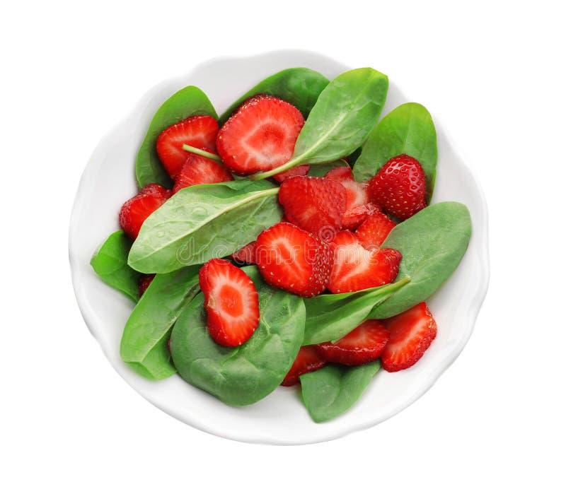 Download Plaat Van Salade Met Spinazie En Aardbei Stock Afbeelding - Afbeelding bestaande uit gezondheid, groen: 107703515