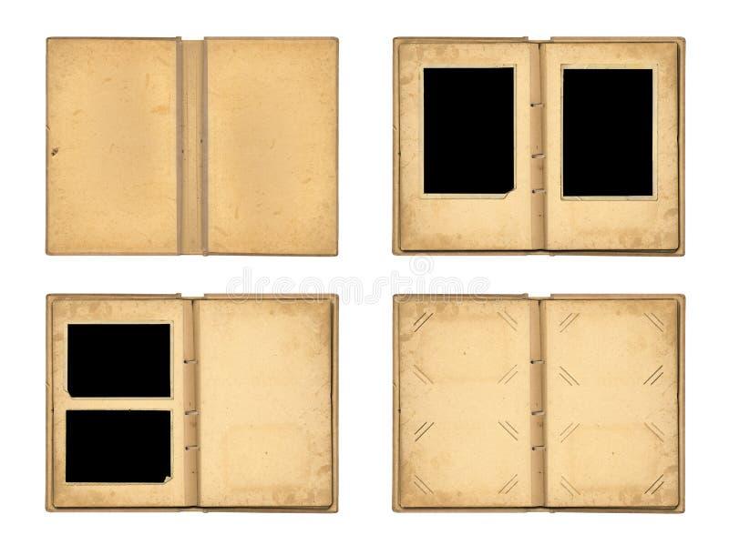 Plaats de open oude die fotoalbums op witte achtergrond worden geïsoleerd stock foto's