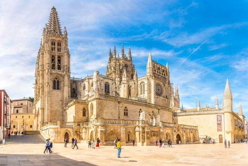 Plaats van Rey San Fernando met Kathedraal van Heilige Mary in Burgos - Spanje royalty-vrije stock foto