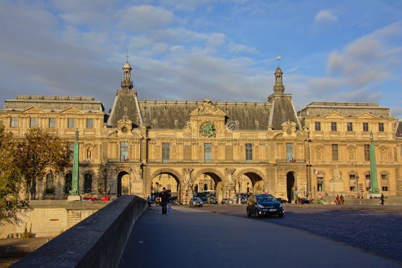 Plaatsdu caroussel vierkant en brug, Parijs, Frankrijk stock afbeelding