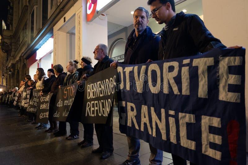 Plaatselijke bevolkingprotesten in Belgrado stock foto's