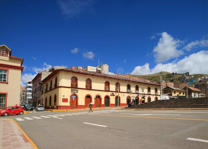 Plac De Armas, Piękny główny plac na słonecznym dniu Puno, Peru obrazy stock