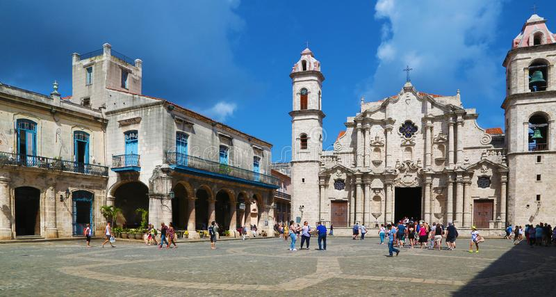 Plac De Los angeles Catedral w środkowy Hawańskim zdjęcie royalty free