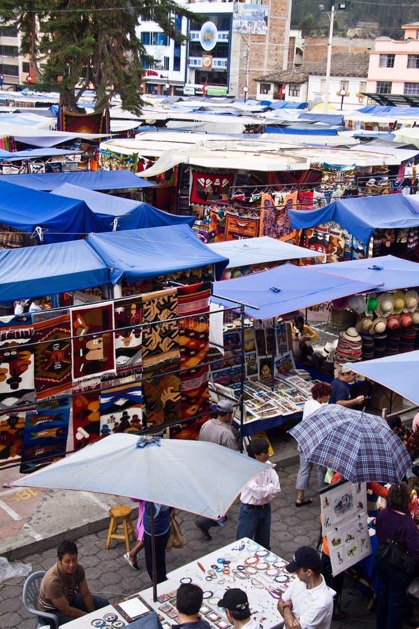 Plac De Pochos, popularny Otavalo rynek, Ekwador zdjęcia stock