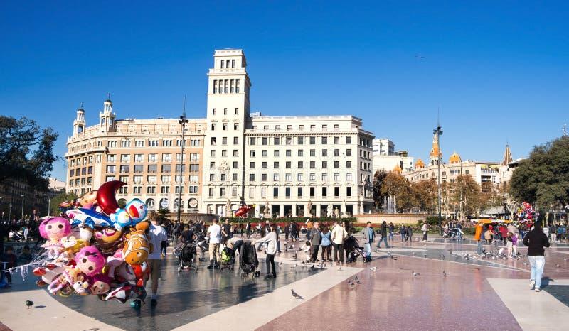 Placa Catalunya en Barcelona, España foto de archivo