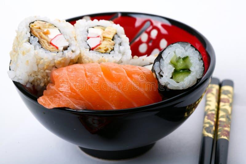 Placa con el sushi foto de archivo libre de regalías