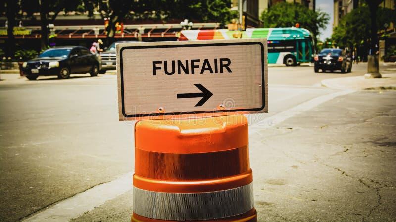 Placa de calle al Funfair fotos de archivo