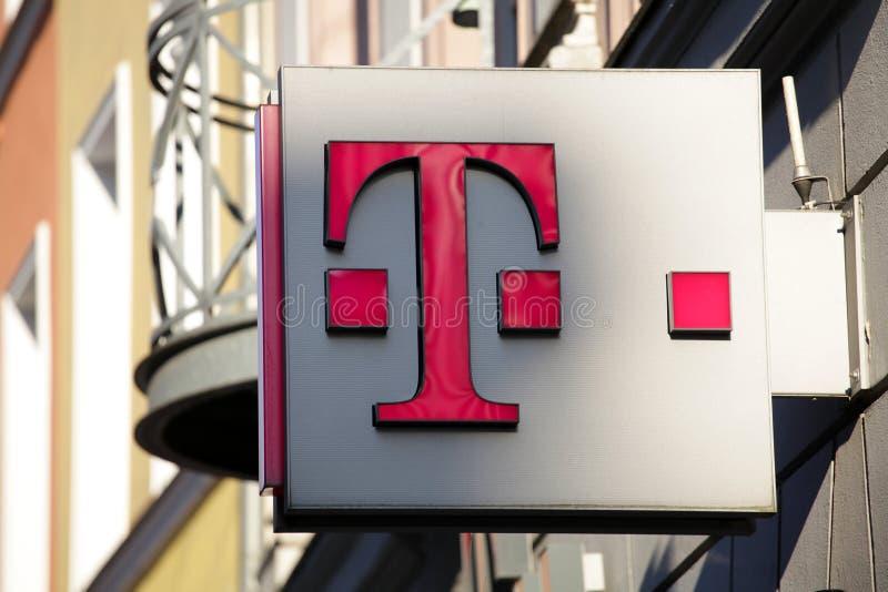Placa de calle de Deutsche Telekom foto de archivo