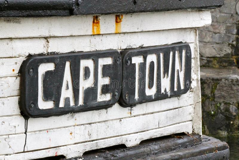 Placa de Cape Town en el barco viejo imágenes de archivo libres de regalías