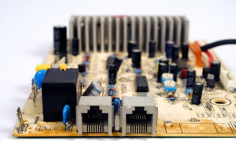 Placa de circuito eletrônico velha e suja imagem de stock royalty free