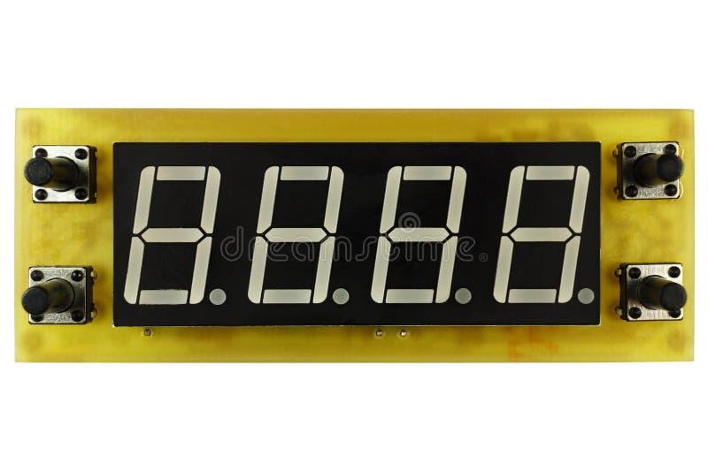 Placa de circuito impresa del reloj electrónico del contador de tiempo con los botones del indicador y del control del LED aislad fotos de archivo