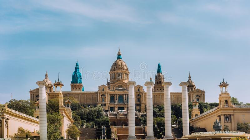Placa De Espanya, o Museu Nacional em Barcelona Opinião do panorama spain fotografia de stock royalty free