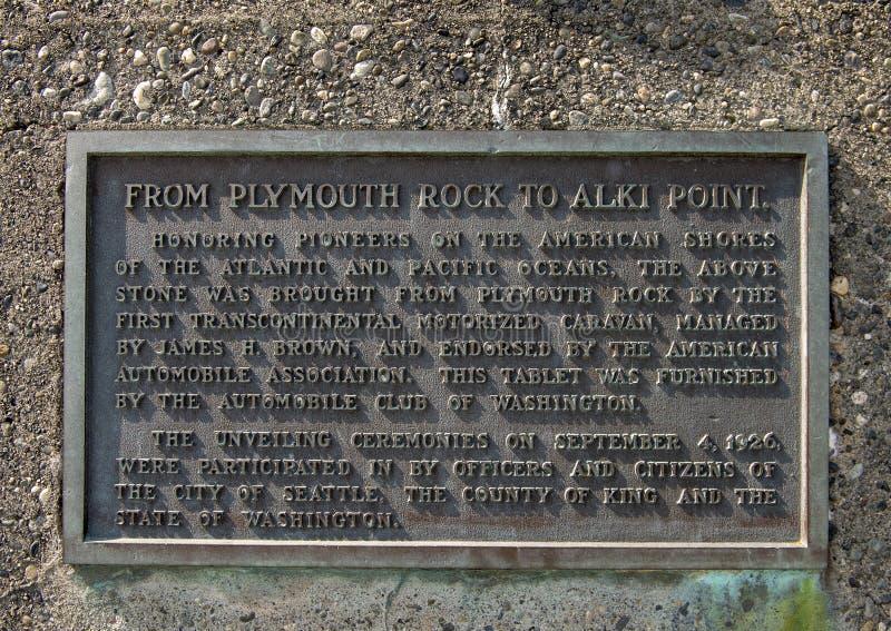 Placa de la información en el lugar de nacimiento del monumento de Seattle, Alki Beach, Seattle, Washington fotografía de archivo libre de regalías