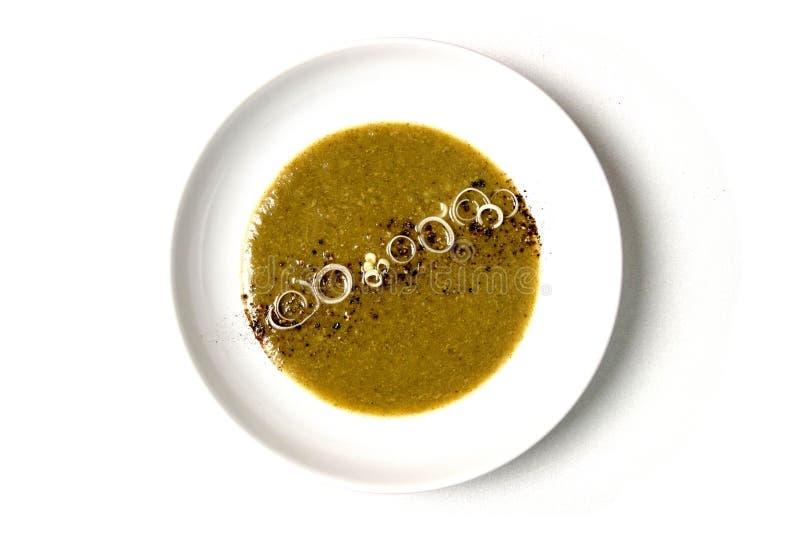 Placa de sopa en el fondo blanco imagen de archivo libre de regalías